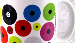 Die exklusive Tasse in Kekeye Dots Design – Kaffee & Dots Lifestyle aus Wien