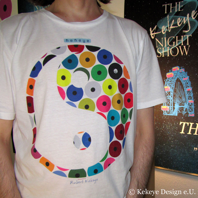Kekeye T-Shirt of the Day / Ying Yang in Dots Design / Photo © Kekeye Design e.U.